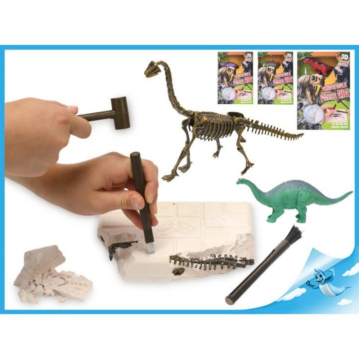 Dinosaurus 17cm a zkamenělina v sádře s dlátem, kladívkem a štětcem