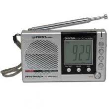 First FA-2305 Kapesní radio