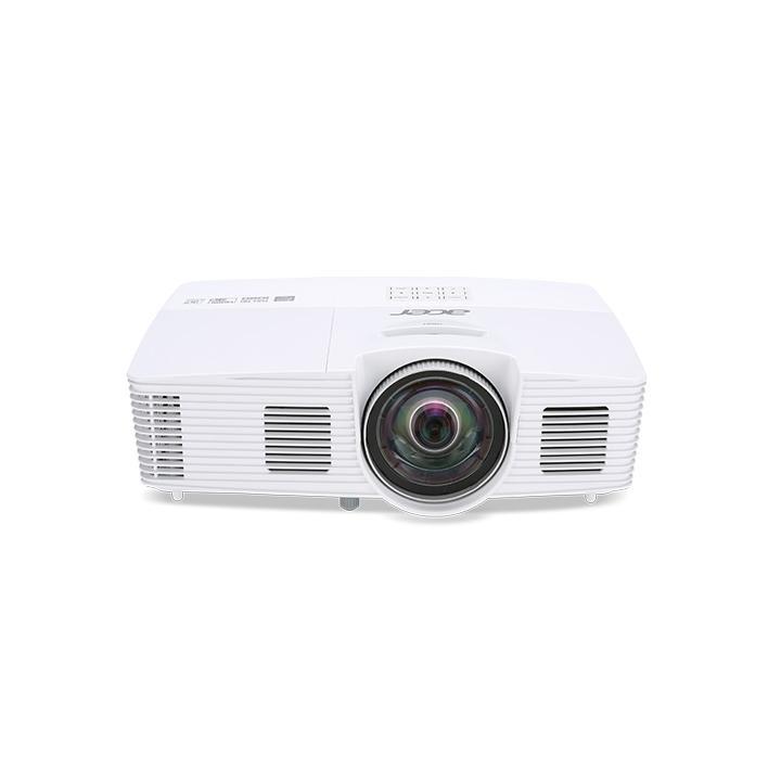 Acer H6517ST DLP / 3D / 1920x1080 1080p / 3000 ANSI Projektor